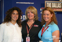 Mo Nunn press conference: Rossella Manfrinato, Wendy Mathis and Kathryn Nunn
