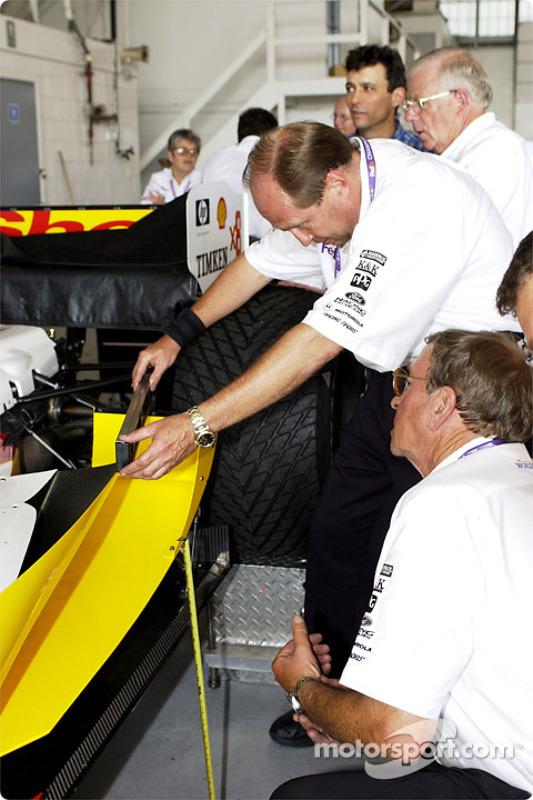 technical inspection for Team Rahal