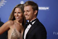 Geral Fotos - Formula 1 World Champion Nico Rosberg and wife Vivian