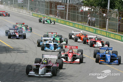 Bruno Junqueira leads the rest of the field