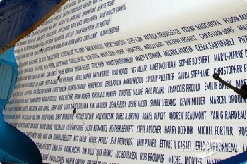 Fans names on the 'Thanks Fans' car