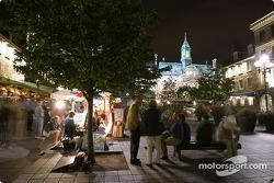 Montréal nightlights: Place Jacques-Cartier