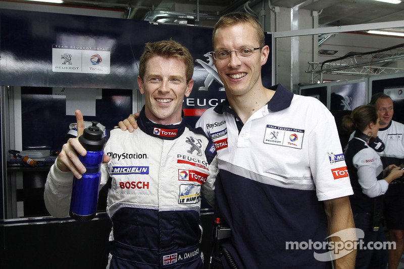 Anthony Davidson and Sébastien Bourdais celebrate LM P1 pole