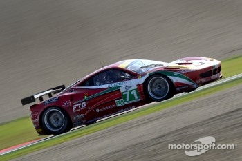 #71 AF Corse Ferrari 458 Italia: Jaime Melo, Toni Vilander
