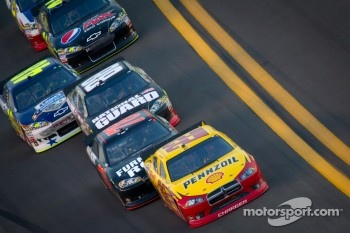 Kurt Busch, Penske Racing Dodge, Regan Smith, Furniture Row Racing Chevrolet, Dale Earnhardt Jr., Hendrick Motorsports Chevrolet, Jimmie Johnson, Hendrick Motorsports Chevrolet