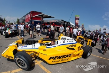 Car of Helio Castroneves, Team Penske