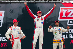 Podium: race winner Stefan Wilson, Andretti Autosport, second place Peter Dempsey, Andretti Autosport, third place Gustavo Yacaman, Team Moore Racing