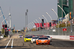 Restart: #77 Ferrari of Silicon Valley Ferrari 458 Challenge: Harry Cheung leads the field