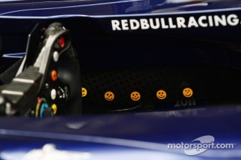 Sebastian Vettel, Red Bull Racing with a smiley face for every race win this year