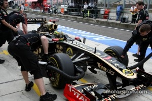 More news about Senna later says Lotus Renault