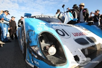 Damage on the #01 Chip Ganassi Racing with Felix Sabates BMW Riley