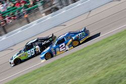 Brad Keselowski, Penske Racing Dodge and Carl Edwards, Roush Fenway Racing Ford
