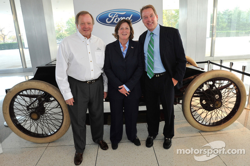 ford motor company corporate governance Ford motor company manages ethics and social responsibility examination of ford's corporate culture and its emphasis on product quality.