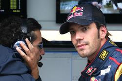 Laurent Mekies,  Chief Engineer,  Scuderia Toro Rosso and Jean-Eric Vergne, Test Driver, Scuderia Toro Rosso