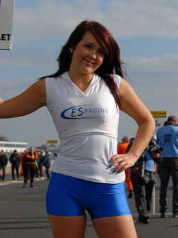 ES Racing Grid Girl