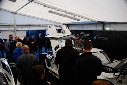 GT3 paddock walkabout - Heico Motorsport garage