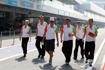 Adrian Sutil, Force India F1 Team walks the track