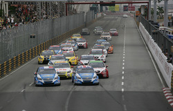 Race 2, Start of the race
