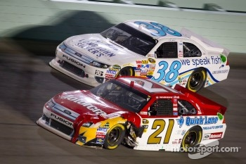 Trevor Bayne, Wood Brothers Racing Ford, Travis Kvapil, Front Row Motorsports Ford