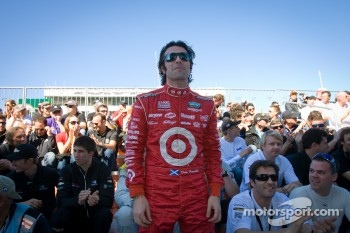 Drivers meeting: Dario Franchitti