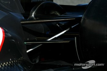 Technical detail, rear suspension - Sauber C31 Ferrari Launch