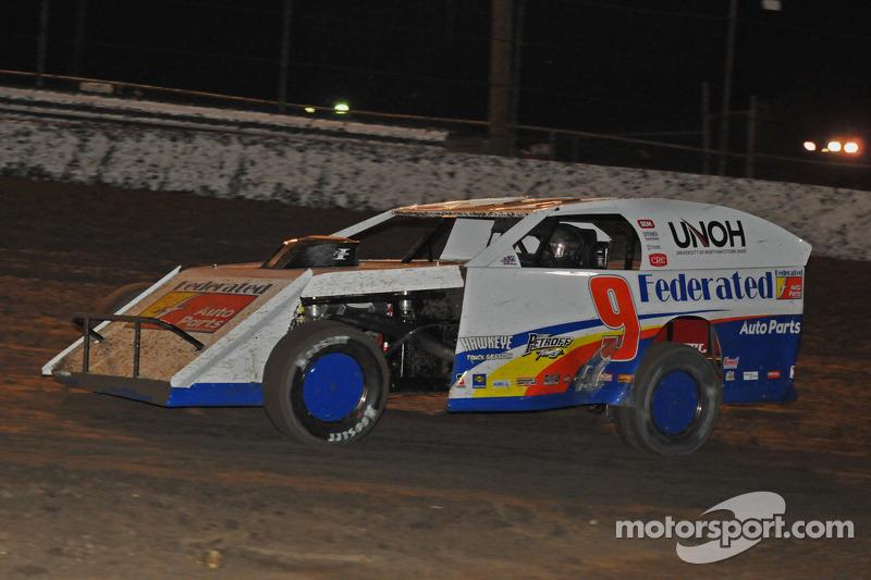 Ken Schrader in action