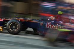 Jean-Eric Vergne, Scuderia Toro Rosso pit stop
