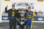 Victory lane: race winner Matt Kenseth, Roush Fenway Racing Ford