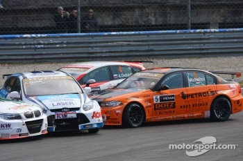 Alexey Dudukalo, SEAT LeÛn WTCC, Lukoil Racing Team, Norbert Michelisz, BMW 320 TC, Zengo Motorsport and James Nash, Ford Focus S2000 TC, Team Aon