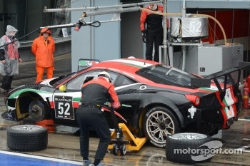 #52 AF Corse Ferrari 458 Italia: Niek Hommerson, Andrea Bertolini, Louis Machiels