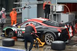 #52 AF Corse Ferrari 458 Italia: Niek Hommerson, Andrea Bertolini, Louis Machiels