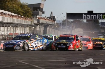 Start: Shane Van Gisbergen and Garth Tander get together