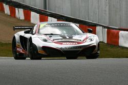 #2 Hexis AMR McLaren GT MP4-12C GT3: Grégoire Demoustier, Alvaro Parente