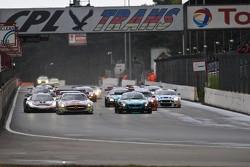 GT1 Race Start