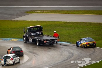 #80 BimmerWorld Racing BMW 328i: John Capestro-Dubets, James Clay in trouble