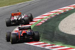 Narain Karthikeyan, HRT Formula One Team HRT leads Charles Pic, Marussia F1 Team