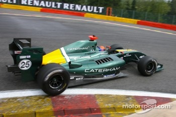 #25Arden Caterham: Alexander Rossi