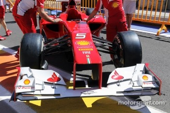 Ferrari F2012 front wing