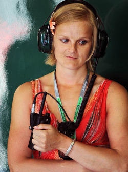 The sister of Heikki Kovalainen, Caterham