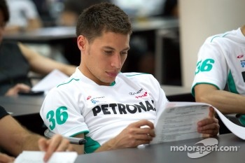 Drivers meeting: Loic Duval