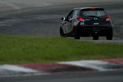 #04 PSRacing/Mazda Motorsport Development MAZDA 2: Peter Schwartzott Jr