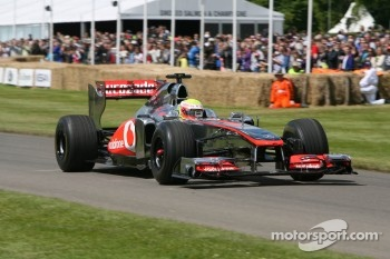 Oliver Turvey in McLaren MP4/26