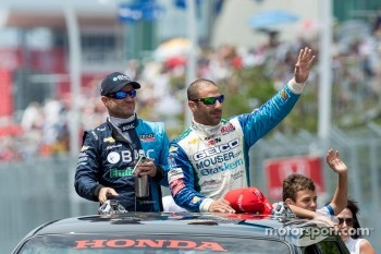 Rubens Barrichello and Tony Kanaan, IZOD IndyCar Series drivers parade.