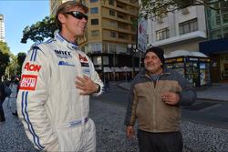 Autograph session, Tom Chilton, Ford Focus S2000 TC, Team Aon