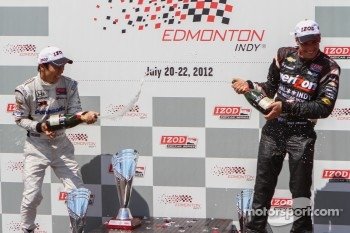 Victory lane: second place Takuma Sato, Rahal Letterman Lanigan Honda and third place Will Power, Verizon Team Penske Chevrolet 