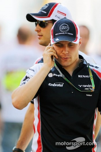 Valtteri Bottas, Williams Third Driver with Bruno Senna, Williams in the background