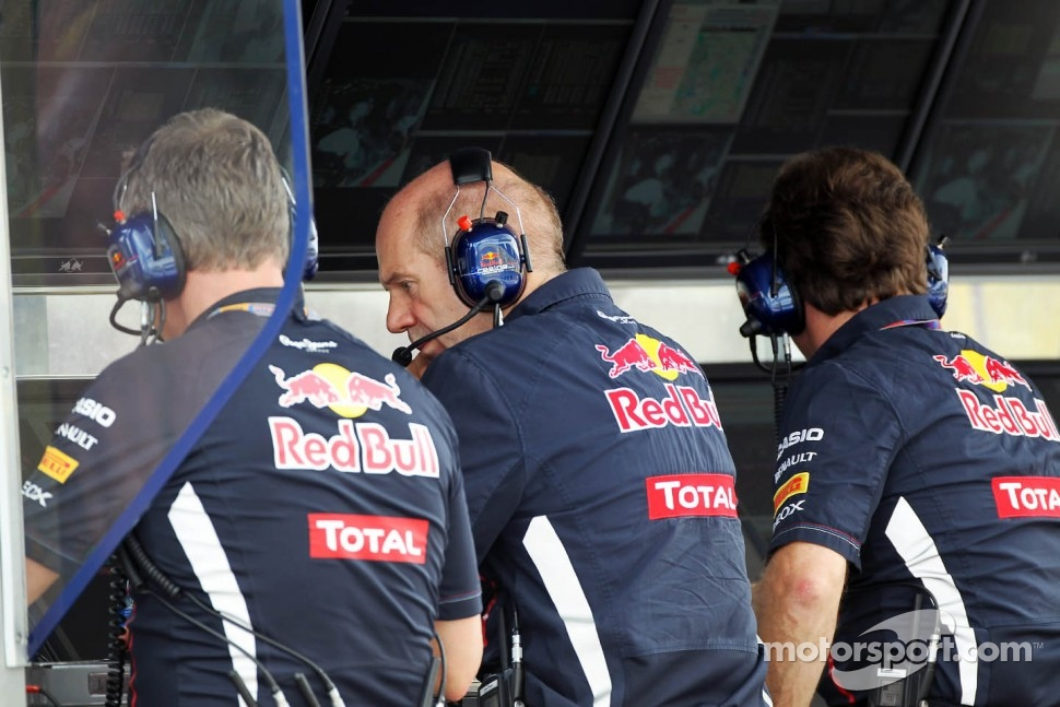 Adrian Newey, Red Bull Racing Chief Technical Officer, on the pit gantry