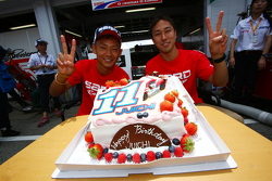 Juichi Wakisaka celebrates birthday with Hiroaki Ishiura