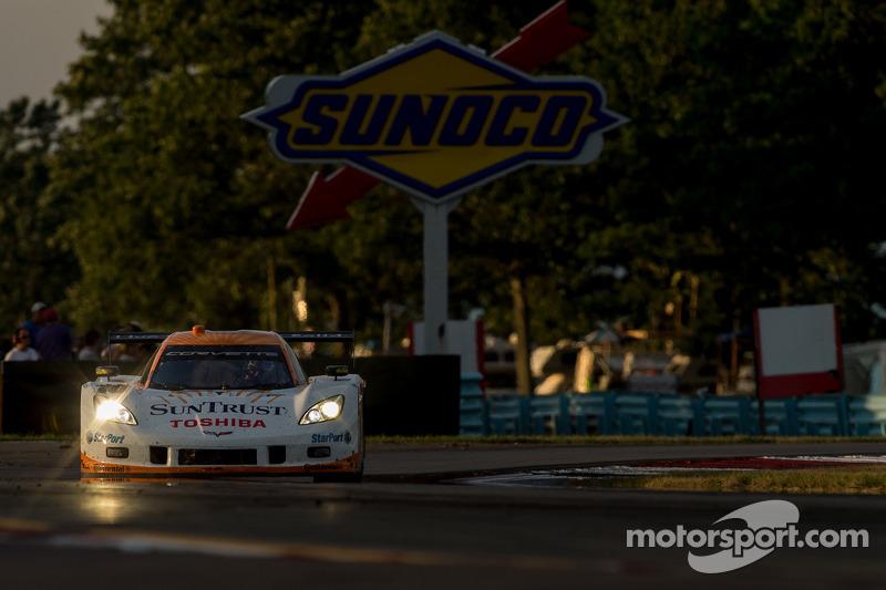 #10 SunTrust Racing Chevrolet Corvette DP: Max Angelelli, Ricky Taylor