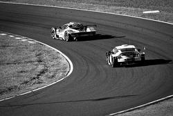 #43 Autobacs Racing Team Aguri ARTA Garaiya: Shinichi Takagi, Kosuke Matsuura, #16 Team Mugen CR-Z: Hideki Mutoh, Daisuke Nakajima